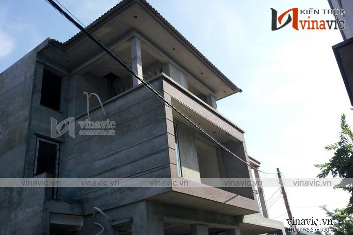 Hoàn thiện công trình biệt thự 3 tầng nhẹ nhàng TCBT1682