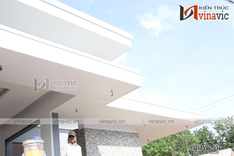 Hoàn thiện mẫu biệt thự 1 tầng hiện đại tuyệt đẹp ở miền quê sông nước Tiền Giang TCBT1829